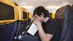 7 Tips Ampuh Menghindari Mabuk Udara