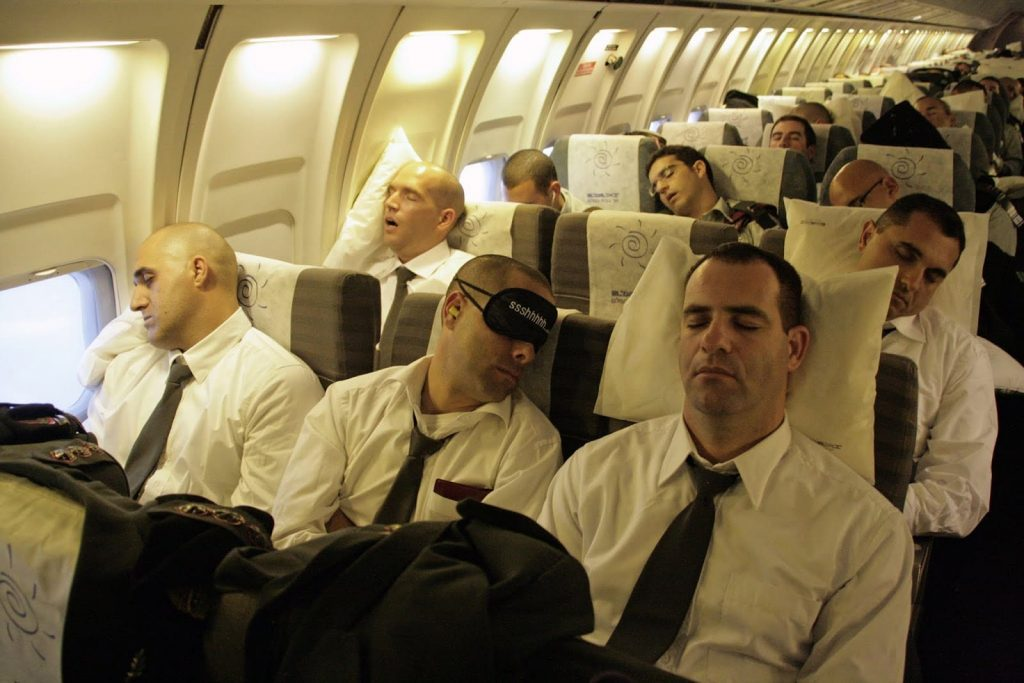 Hal-Hal yang Perlu Dipersiapkan Ketika Akan Melakukan Penerbangan Jarak Jauh